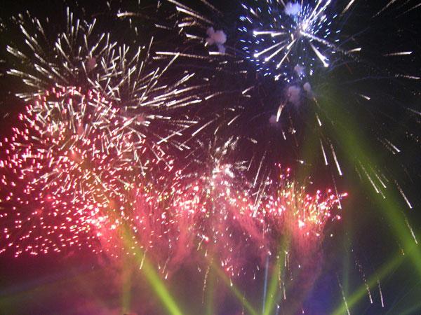 Joc de artificii Piata Universitatii revelionul integrarii