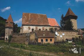biserica fortificata valchid judetul sibiu