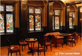 sala oglinzilor din palatul  culturii din targu mures