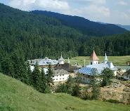 Manastirea Petru Voda(Hasca)-vedere de ansamblu